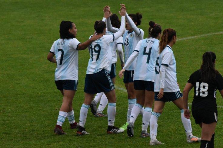 argentina femenina.jpg